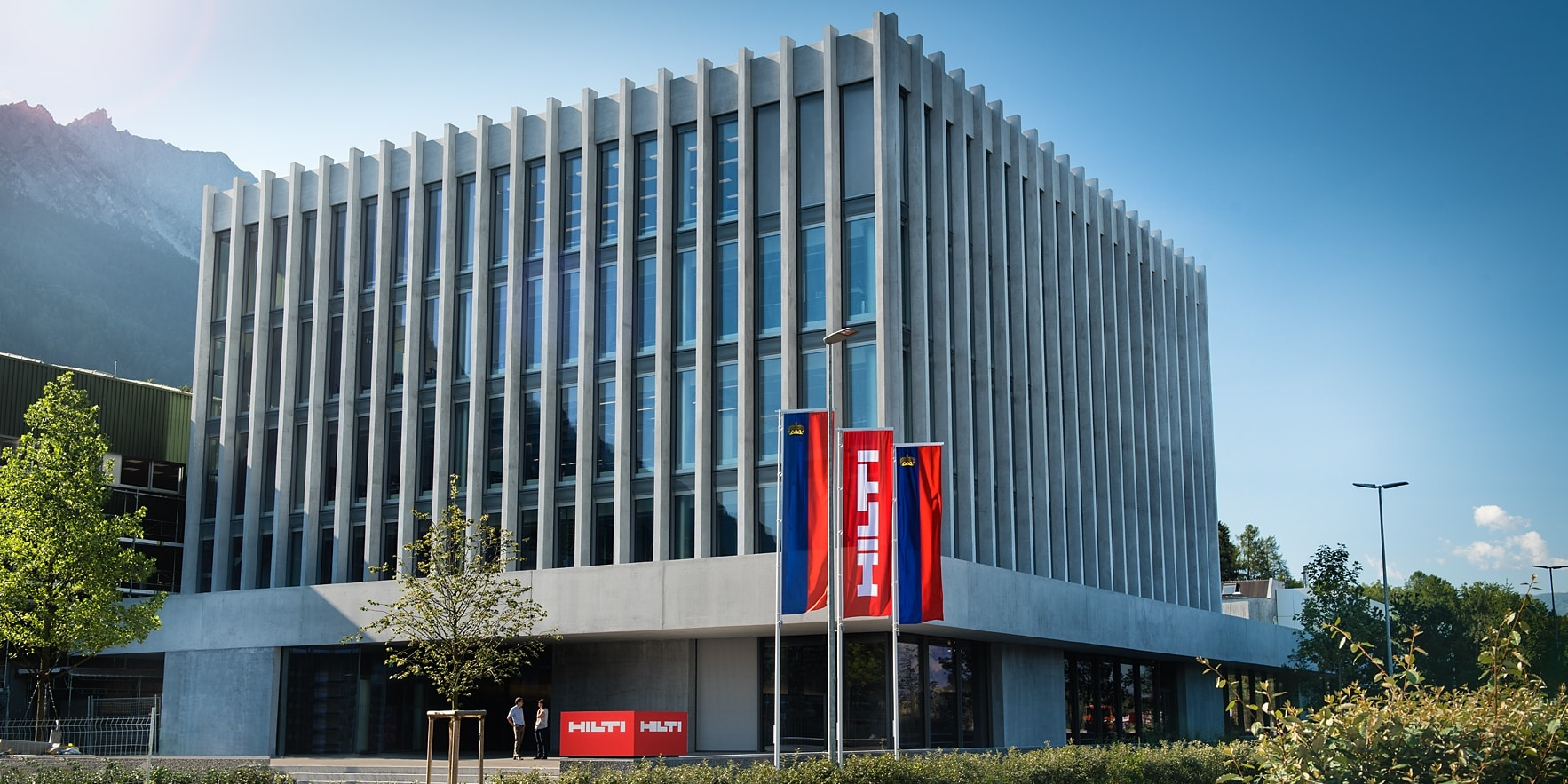 HILTI INNOVATIONS GARNER RED DOT DESIGN AWARDS