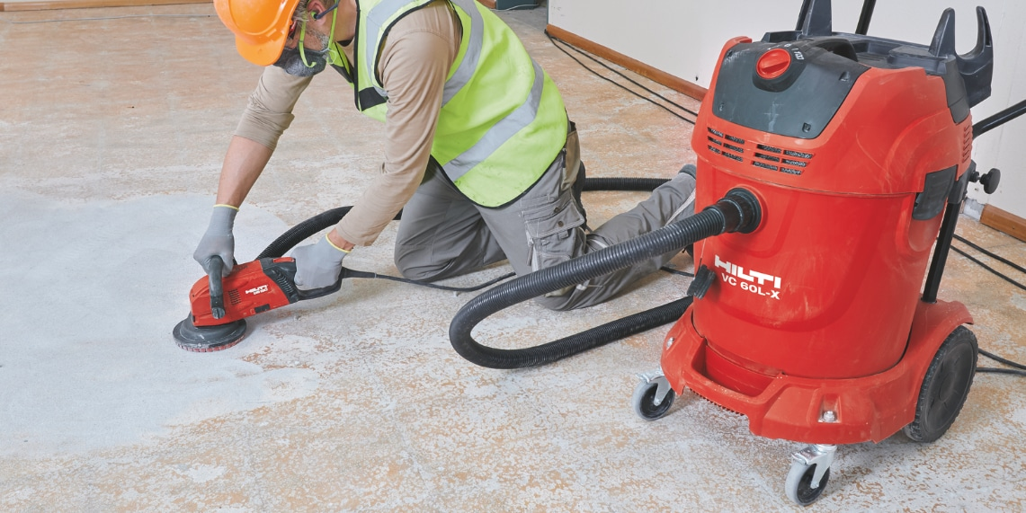 For virtually dust-free results combine tools like the DG 150 concrete grinder with a vacuum cleaner