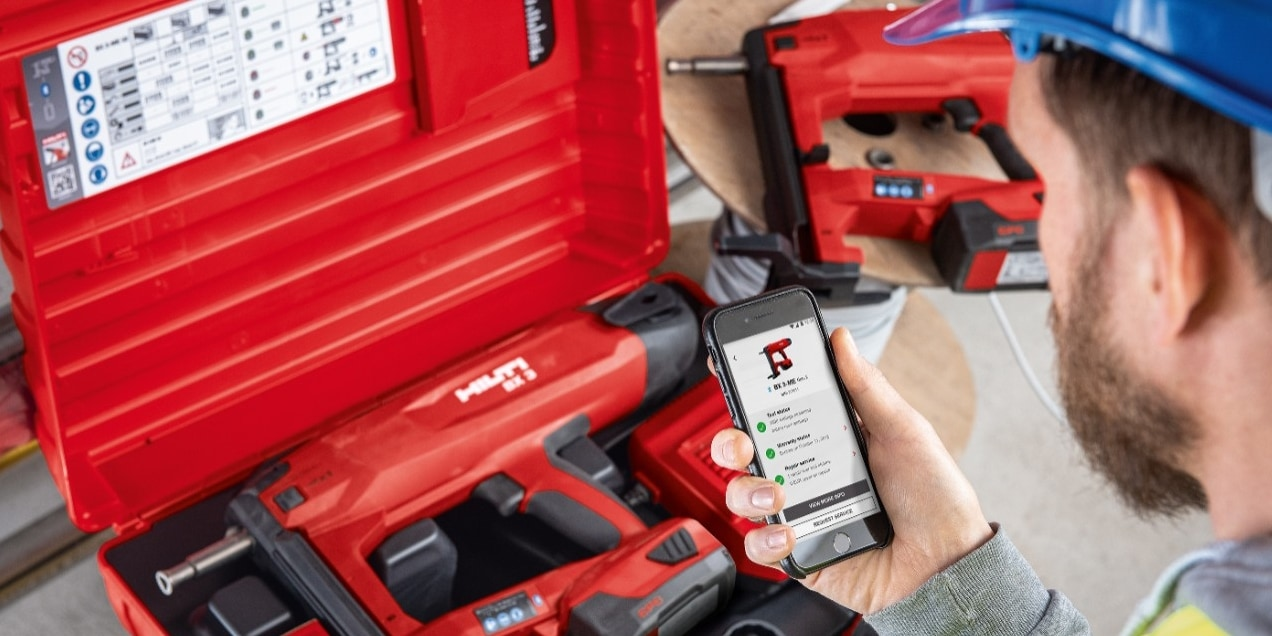 Make it smart! The BX 3 cordless nailer has built-in Bluetooth technology which can be used with the Hilti Connect App for hassle-free tool services directly at your fingertips