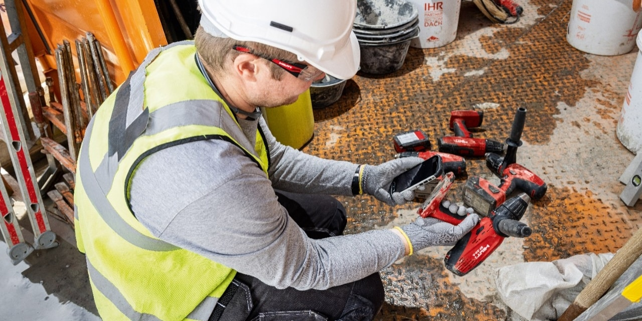 Hilti Connect App brings hassle-free tool services to your fingertips.